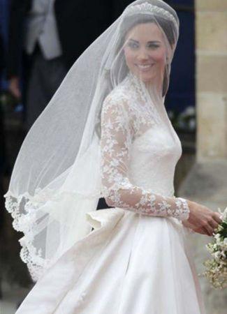 Viselj-e fátylat a menyasszonyi ruhához?
