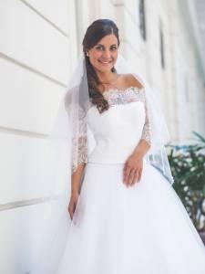 Esküvői ruha - Boglárka Esküvői- és Táncruha Szalon 68232e4374